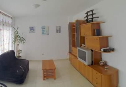 Apartamento en Paseo Cornisa