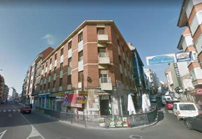 Edificio en calle de Santa Cruz Cerrada, 1