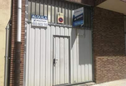 Nave industrial en calle de Ortiz Otañez