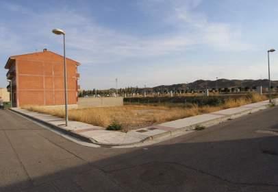 Terreno en calle Cortes de Aragon