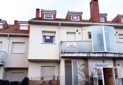 Duplex in calle Barrio La Cueva, nº 20