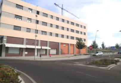 Commercial space in Avenida Luis Jacinto Ramallo Gcia, nº 9