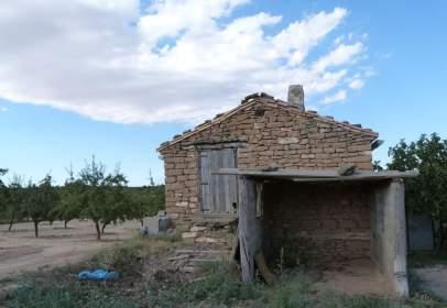 Terreno en calle Valjunquera-Valdealgorfa