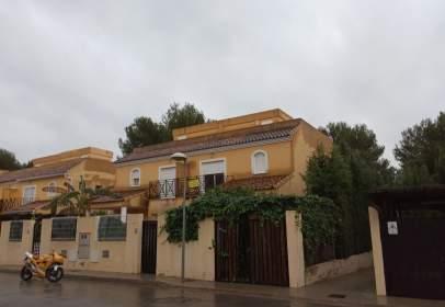 Casa adosada en calle Islas Baleares Calicanto A, nº 2