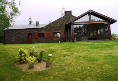 Casa en Sainte-Léocadie
