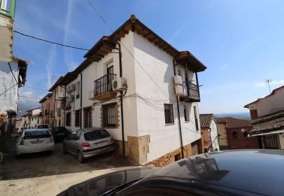 Casa pareada en calle Francisco Cordobés