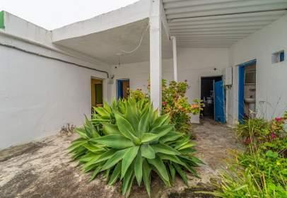 Casa en calle San Isidro, 13