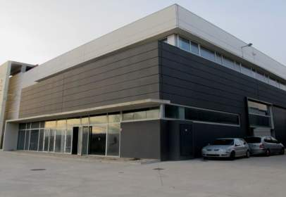 Nau industrial a Llinars del Vallès