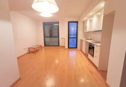 Apartamento en calle Límite, 5