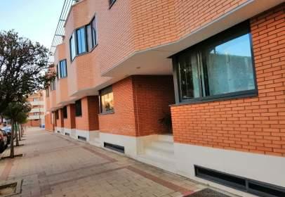 Casa pareada en calle Miguel de Unamuno