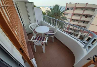 Apartament a calle Roquedal