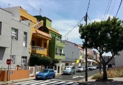 Land in calle La Laguna