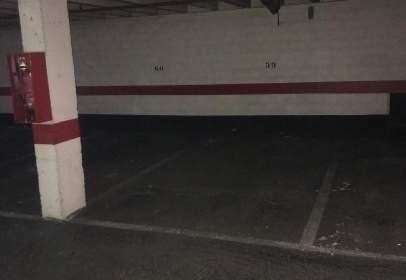 Garage in calle de la Condesa Mencía, near Calle del Río Nela
