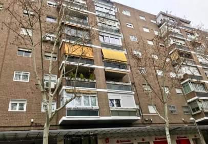 Apartment in Avenida de Moratalaz, near Calle del Camino de los Vinateros