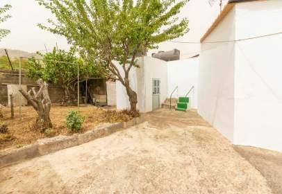 Casa a calle Barrio Madrelagua