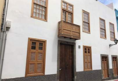 Paired house in calle Pedro Diaz, nº 6
