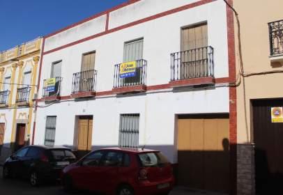 Casa pareada en calle de Ramón y Cajal, nº 39
