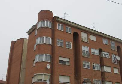 Apartment in Avenida de Valladolid, nº 39
