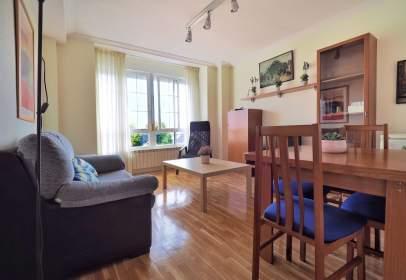 Apartment in calle de Jacinto Benavente
