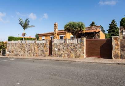 Casa en calle Alcade Manuel Perdomo Cerpa, nº 27