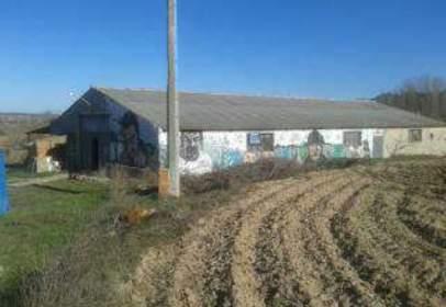 Industrial building in Camino Diseminados, nº 1