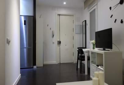 Apartament a calle de Treviño, Madrid