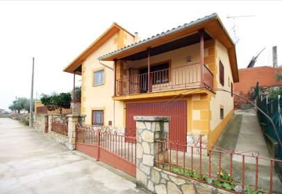 Casa en calle Rodera