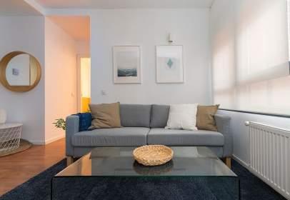 Apartamento en calle Moreno Torroba, nº 4