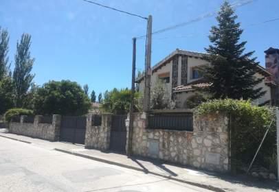 Casa en calle de Claudio Moreno, nº 24