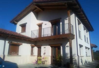 Casa en calle Manzanedo