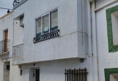Casa pareada en calle San Bernabé