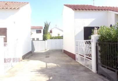 Casa pareada en calle de La Punta de La Ferrera