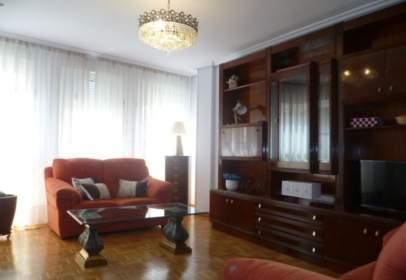 Apartament a calle de San Pedro y San Felices