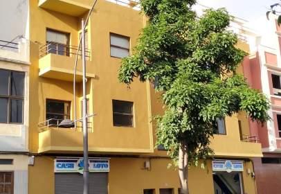 Apartament a Avenida Sor Soledad Cobián