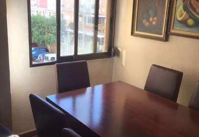 Apartament a Avenida Alcalde Lorenzo Carbonell