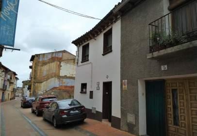 Casa adossada a calle Calvo Sotelo