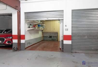 Garatge a Paseo de La Independencia, nº 24