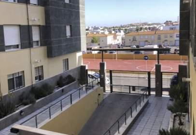 Apartment in calle Gelves