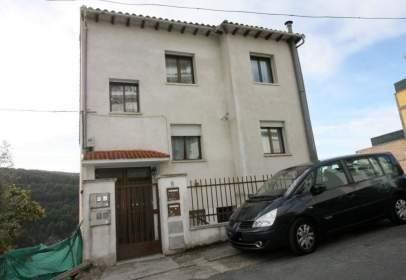 Casa en Carretera de Mombeltrán, nº 8