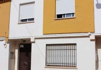 Casa pareada en calle de San Blas, nº 17
