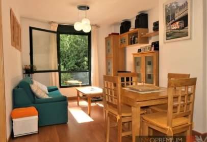 Apartament a calle Valle del Aspe, nº 4