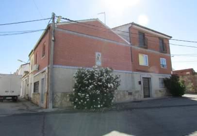 Casa adosada en Segurilla