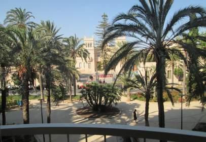 Apartamento en Plaza del Doctor Gómez Ulla, 3