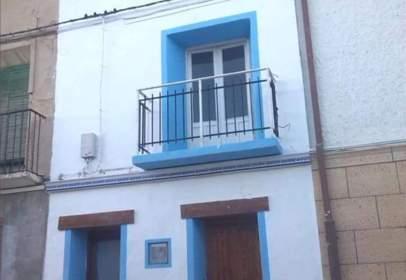 Casa aparellada a Mediana de Aragón
