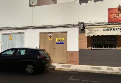 Garaje en calle del Pintor Luis de Morales, nº 3