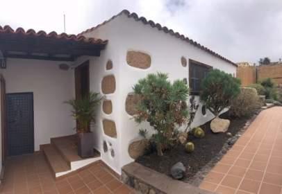 Casa a calle La Isla