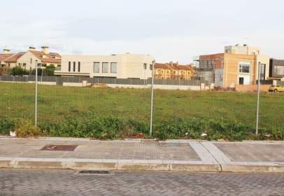 Land in Avenida de Salvador Dalí, nº 72