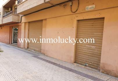Local comercial a calle CID, nº 17