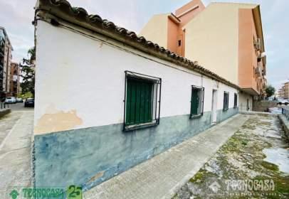 Casa adosada en Santa Bárbara-Santa María de Benquerencia
