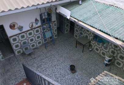 Casa unifamiliar en calle de Alba